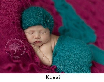 Newborn hat, Newborn girl, Newborn baby girl hat, Newborn props, Newborn girl take home outfit, Newborn girl coming home outfit, Baby girl