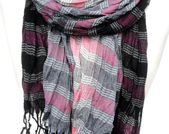 Pink Scarf. Plaid Scarf. Winter Cotton Scarf. Unisex Scarf. Warm Crinkle Scarf. Fringed Pink Black Grey Scarf. 25x70in (65x180cm) Ready2Ship