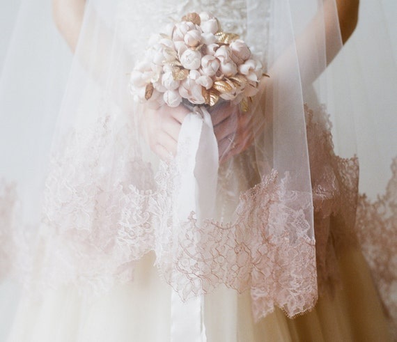 CARLYLE Blush Lace Cathedral Veil
