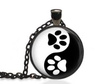 Chinese Yin and Yang Jewelry, Paw Print Necklace, Animal Print Pendant [A37]