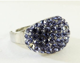Vintage Jewelry Blue Rhinestone Ring