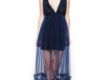 Maxi dress \ Evening dress \ Open back dress \ Deep cleavage dress \ Blue dress