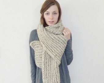 SALE Giant Chunky Knit Scarf / THE PATAGONIAN / Oatmeal