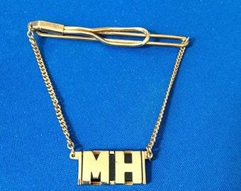 60's Mans Groovy Swank Goldtone Initial Tie Clip