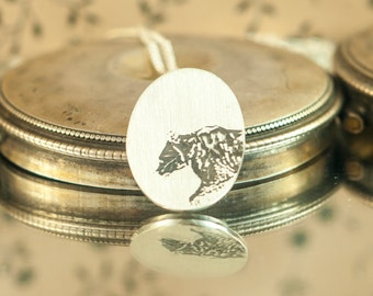 Pendant necklace Bear, Grizzly Wildworld, Sterling Silver engraved brushed, hand made jewelry
