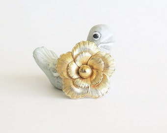 Golden Pansy Scarf Clip