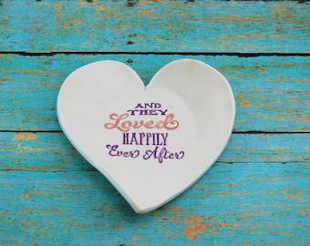 Heart Ring Dish, Porcelain Heart Dish, Trinket Dish, Anniversary Gift, Wedding Gift, Valentine's Day Gift, Handmade Heart Dish, Small Dish
