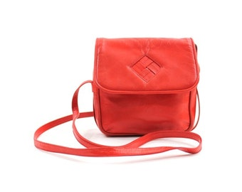 1980s red leather purse • leather cross body bag • red leather handbag • red cross body purse
