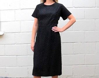 Vintage 1950's/ 60's LBD Short Sleeve Black Ribbon Wiggle Dress Size Medium/Large