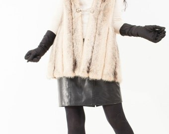 White Cross Mink Fur Vest Beautiful Full Pelt Medium SALE!