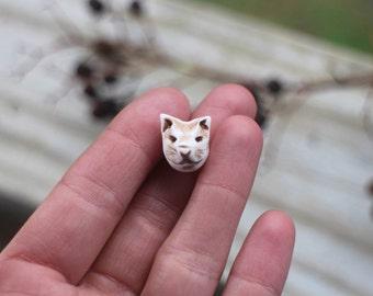 Handmade cat face bead, animal bead, polymer clay art bead, three dimentional sculpted art bead, faux ivory cream cat