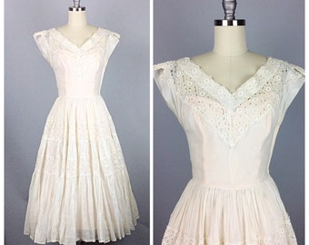 50s Cream Cotton Eyelet Wedding Dress - 1950s Vintage Semi Sheer With Peach Lining Lace Tea Length Wedding Gown - Small - Size 4 - 6