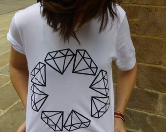 B + W Diamond circle tee