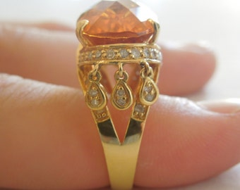 Vintage 22K Yellow Gold Citrine and Diamond Tasseled Ring