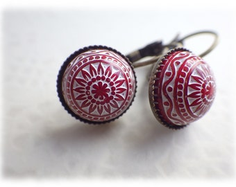 Mosaic silky red - leverback earrings in vintage style with cabochon red white