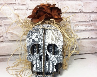 Black skull, Goth style, cardboard skull, Geekery, smart phone holder, desk accessory, table organizer, iphone holder, Halloween gift, teens