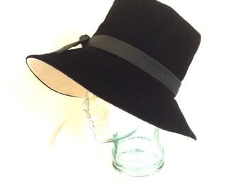 1970s Black Velvet Slouchy Wide-brimmed Women's Hat by Lewis II