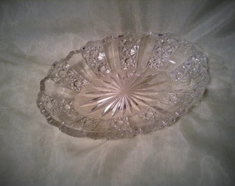 Oblong Clear Glass Serving Dish - Boat Shaped Relish Dish - Star Pattern with Wavy Trim - Fancy Occasions - Wedding Table Centerpiece