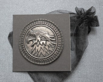 Game of Thrones brooch / badge / pin – Stark infantry shield / family crest – cosplay / larp accessory
