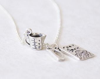 Personalized Baker's necklace, Monogram Baking necklace, Personalized Cook jewelry, Personalized Foodie Necklace, Personalized Foodie Gift