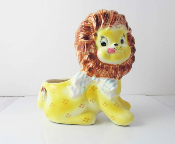 Enesco or Napco? Lion Planter Retro Kitsch Ceramic 1950s - 1960s Japan Decor