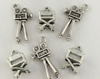 6 cinema director charms 3D,chair and camera antique silver , 17mm/ 35mm # CH 070-1