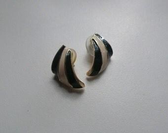 1980s Amanda Smith Navy And White Enamel Earrings