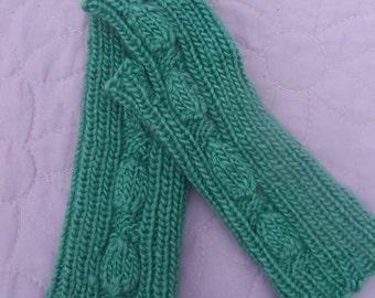 Handknit fingerless gloves, Handknit wrist warmers, Green fingerless gloves, Green wrist warmers, Green mittens, Vine pattern gloves