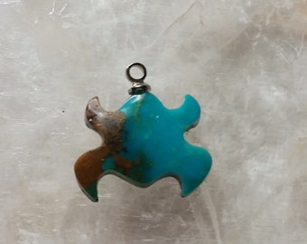 Pilot Mountain Turquoise Frog Cabochon/backed/ sterling silver eyehook