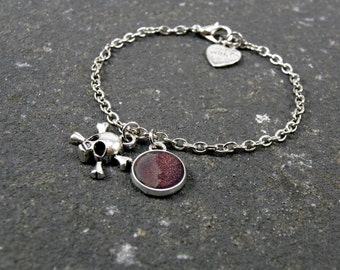 Skull Bracelet, Glitter Bracelet, Layering Bracelet, tiny skull bracelet, Mars Bracelet, Dainty Bracelet, minimalist bracelet, Crossbones