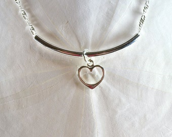 Cardiologist Gift, Heart Necklace, Silver Bar Necklace, Sleek Necklace, Curved Necklace, Valentines Day, Silver Necklace, Professional N1041