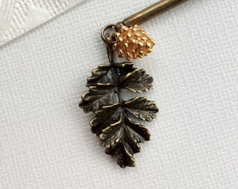 Woodland leaf and pine cone hair stick