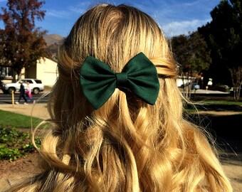 """4"""" or 4.5"""" Hunter green hair bow, fabric hair bow, green hair bow, dark green bow, solid color bow, hair bows for teens, hair bow barrette"""