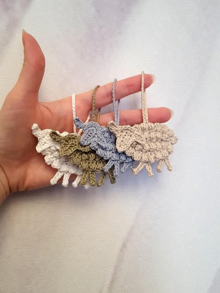 Crochet el applique de ovejas animales ganchillo encantos - Detalles de ganchillo para regalar ...