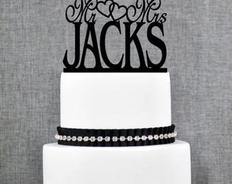 Mr and Mrs Last Name Wedding Cake Topper with Hearts, Mr and Mrs Cake Topper, Custom Trendy Cake Topper, Elegant Linked Heart Topper- (T022)
