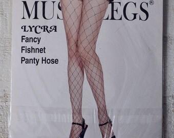 Fishnet Pantyhose With Keyhole