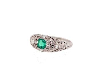 Diamond and Emerald Ring Platinum