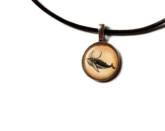 Nautical jewelry Whale pendant Vintage necklace NWR216