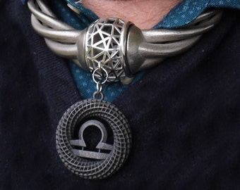 Omega-Medaillon