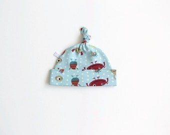 Hat with colorful monsters and polka dots, baby knotted hat, knot hat, knotted hat, cotton baby hat, newborn hat.
