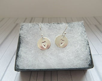 Silver heart disc earrings, Fine silver primitive heart earrings, Silver heart earrings, Hand stamped jewelry, Gift for her, Made in the UK