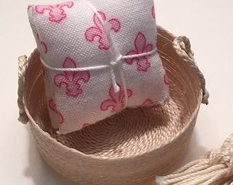1 1/4 Inch Shabby Chic Handmade Miniature Dollhouse Throw Pillow Set - Fleur de Lis Pink on White Background