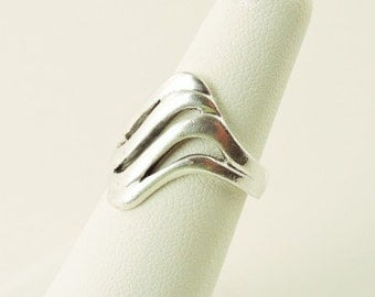 Size 6 Sterling Silver Wavy Ring