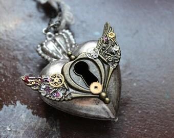 A Clockwork Heart Necklace