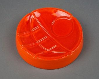 Mid Century Ashtray Royal Haeger Atomic Porcelain Made in USA Bright Orange Color Round Shape Medium Size