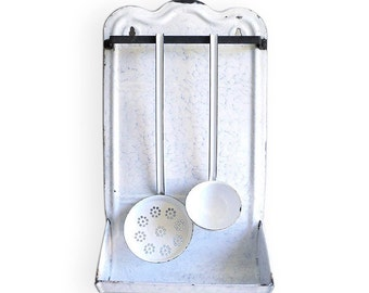 French Enamel Utensil Rack Holder, Ladle Skimmer Blue White Drip Tray, Enamelled Top Shelf Blue Enamelware Vintage Enameled Linen Towel Hold