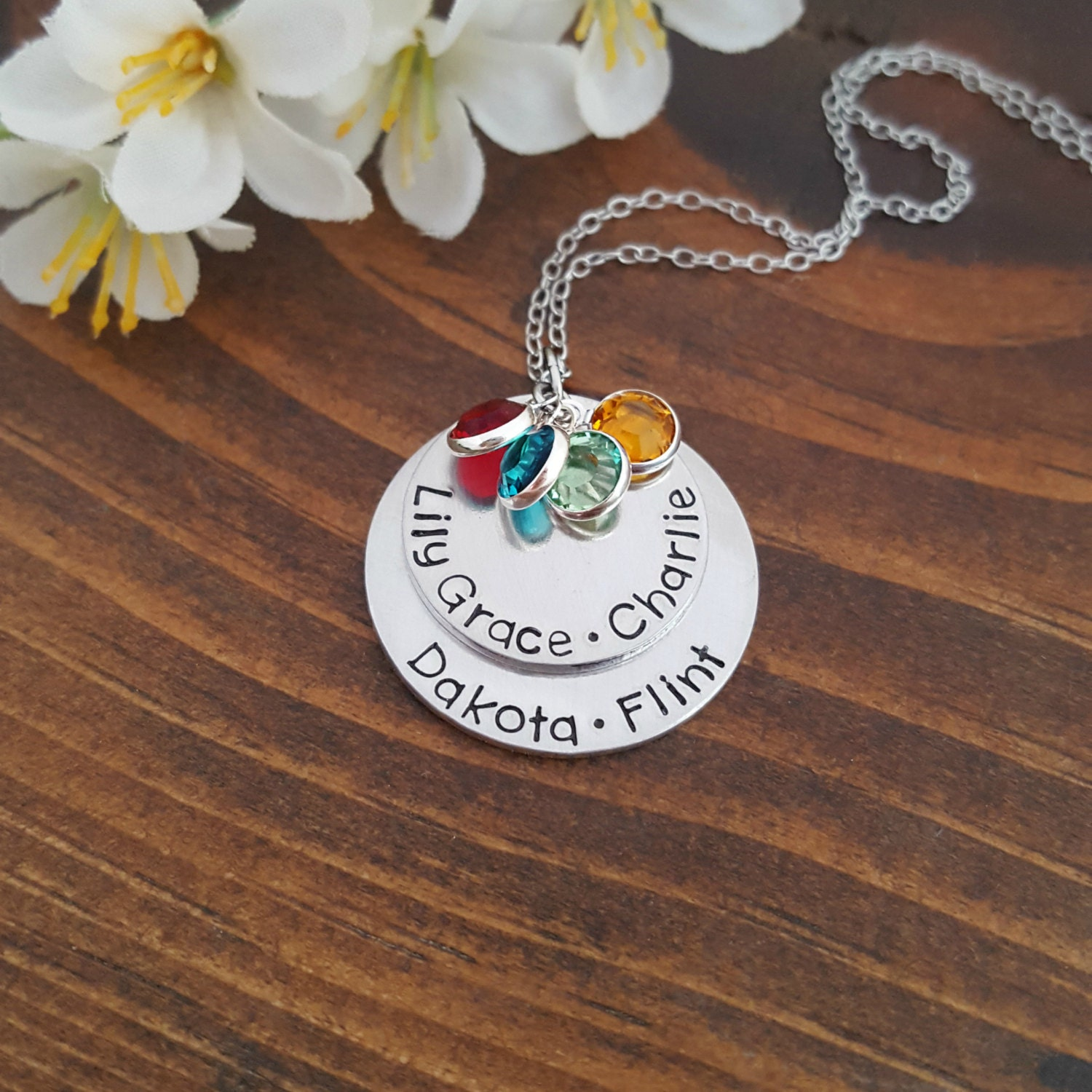 personalized mothers necklace with kids names and birthstones. Black Bedroom Furniture Sets. Home Design Ideas