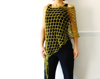 Crochet Pattern - Web Buttoned Poncho/Party Chunky Laced Cover up/ Asymmetrical Shoulders Warmer