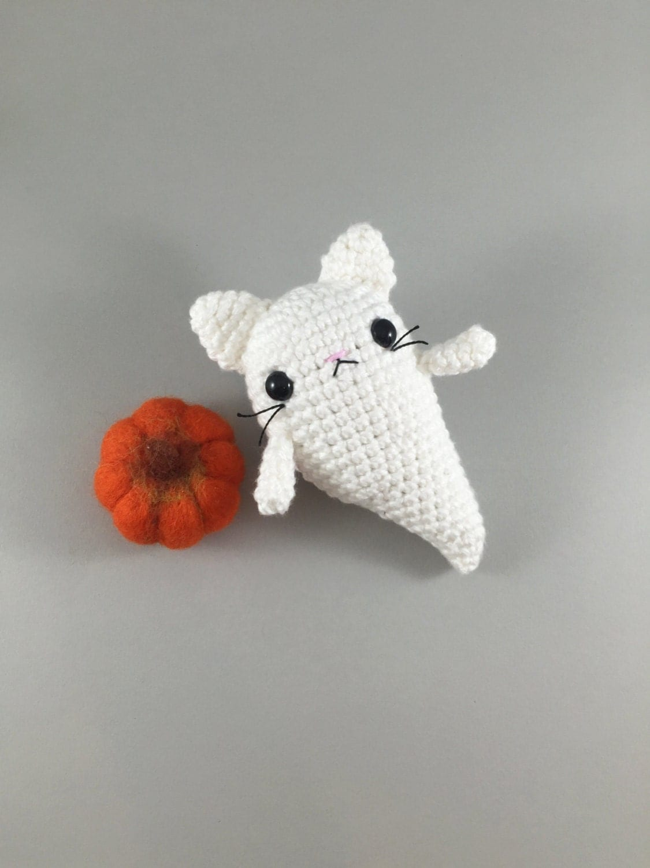 Crochet Amigurumi Ghost : Amigurumi Halloween Ghost Cat Crochet Ghost Amigurumi