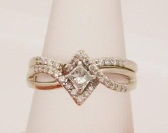 Gorgeous 0.50 C.T.W. Ladies Princess & Round Diamond Wedding Set 14K GOLD